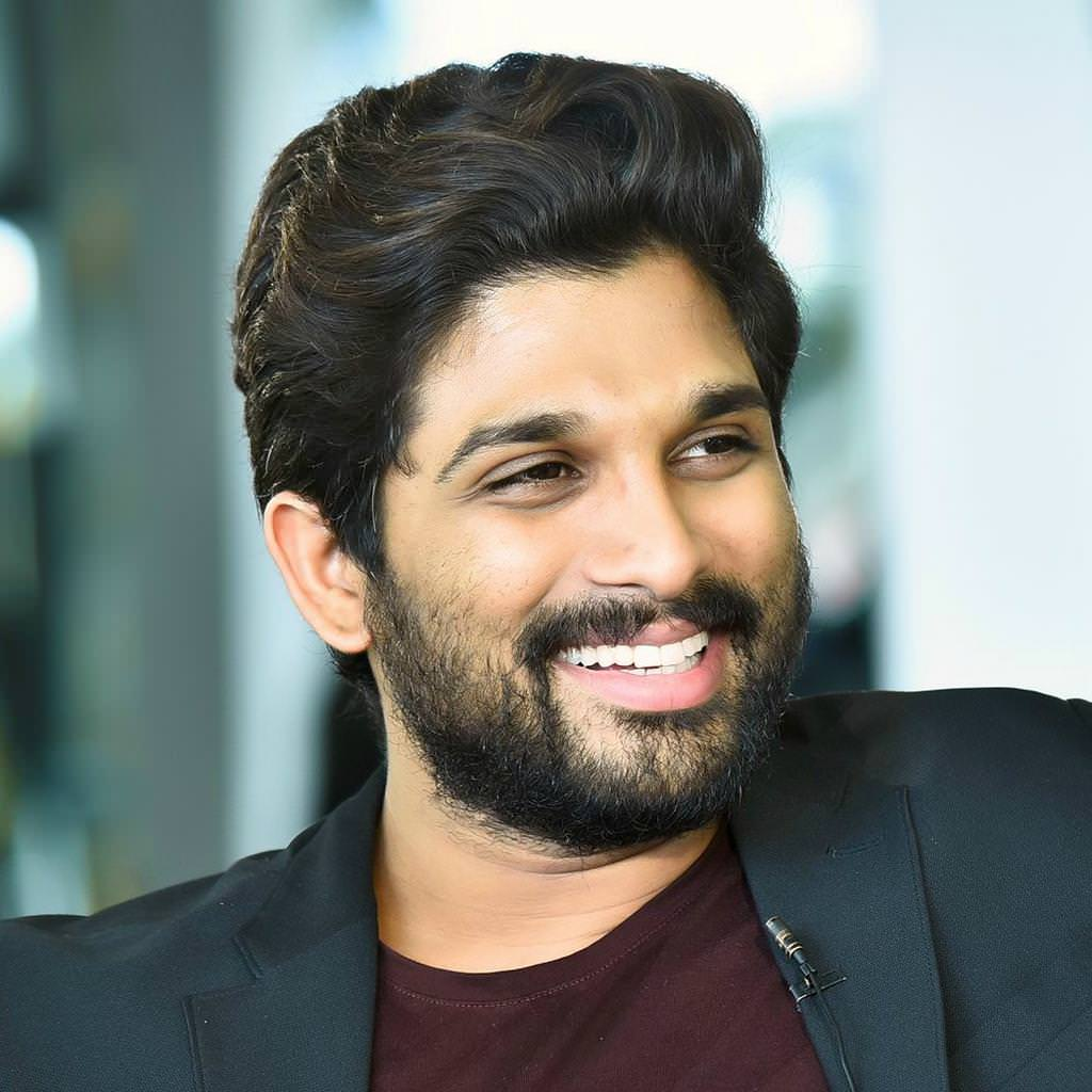 Only Allu Arjun's heroine to get this golden opportunity, Not Prabhas's heroine