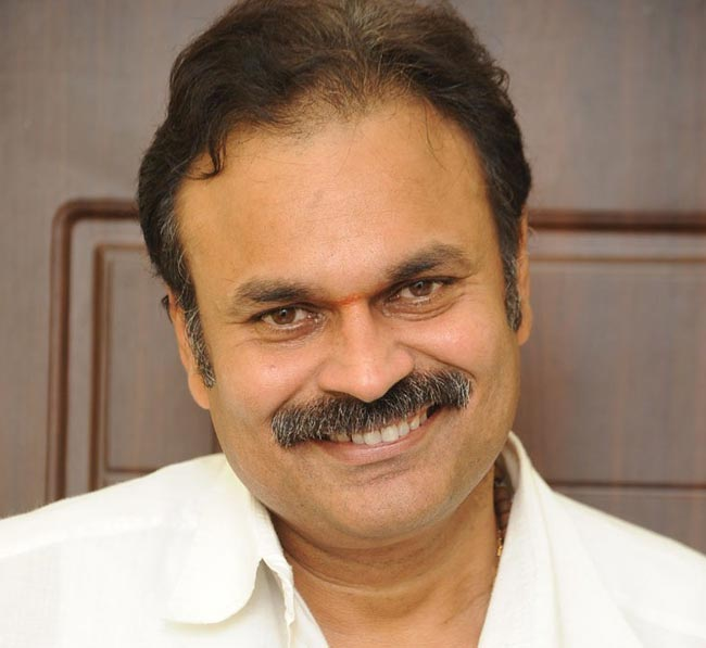 Nagababu returns his younger brother Pawan Kalyan's money