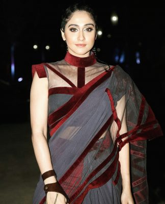 Regina Cassandra to make Bollywood debut in a film alongside Sonam Kapoor