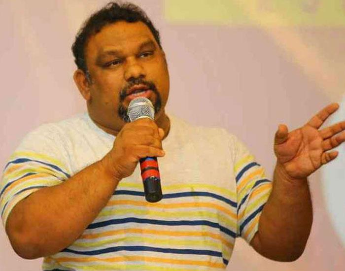 Kathi Mahesh's negative Review on Ram Charan and Sukumar's Rangasthalam