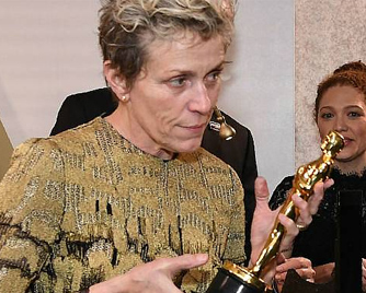Man arrested for stealing the Best Actress Oscar Trophy