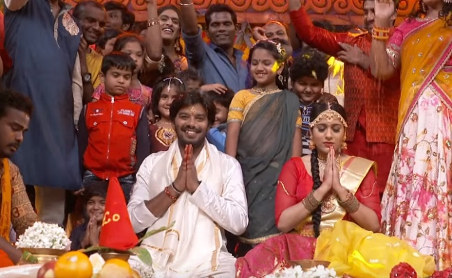 Rashmi Gautham and Sudigali Sudheer impressed from their First Night room