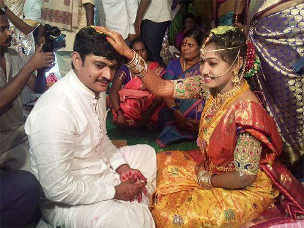 Jabardasth Dorababu ties the knot with an anchor