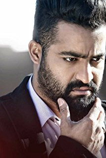 Jr. NTR to flaunt muscles in Khaki