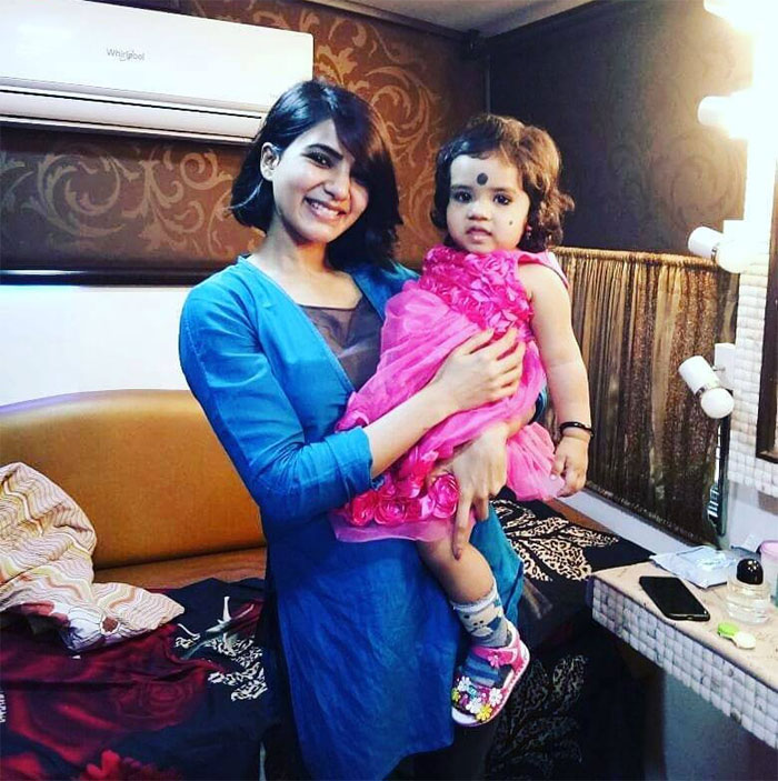 Viral! Gorgeous Samantha Akkineni with cute baby
