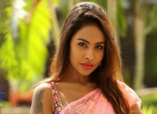 Leaked private phone call between Sri Reddy and Tamannah: Sri Reddy bout Pawan Kalyan, RGV, YSRC & Rs 5 Cr deal
