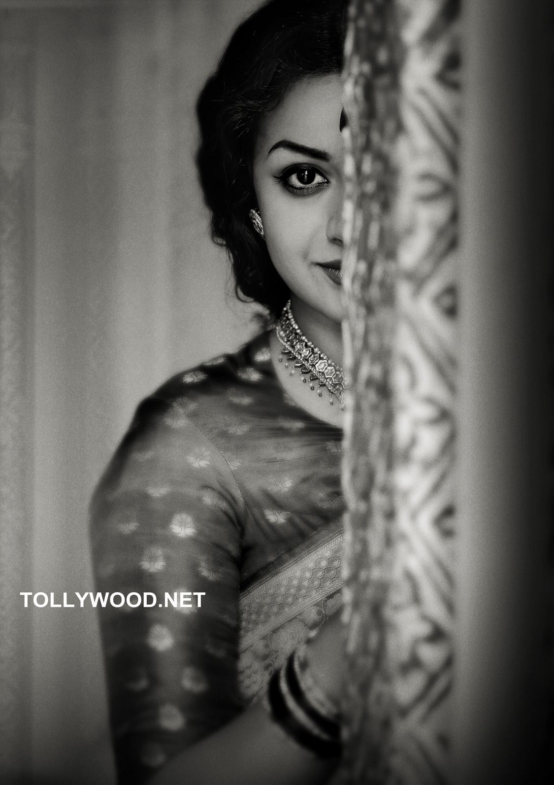Unbelievable! Keerthy Suresh's uncanny resemblance to Savitri