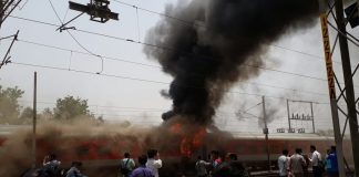 AP Express: Delhi-Vizag AP Superfast Express catches fire in Gwalior, no injuries reported