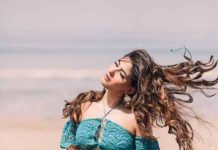 Karishma Sharma flaunts her fit bikini body