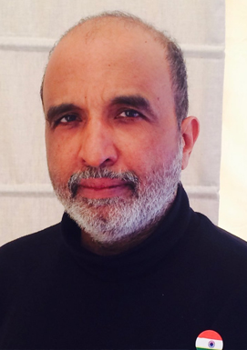 Sanjay-Jha---the-Congress-National-Spokesperson-tweets-his-degrees-to-PM-Modi-as-Twitter-challenges-take-off