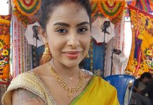 Sri Reddy's comments on media reporters