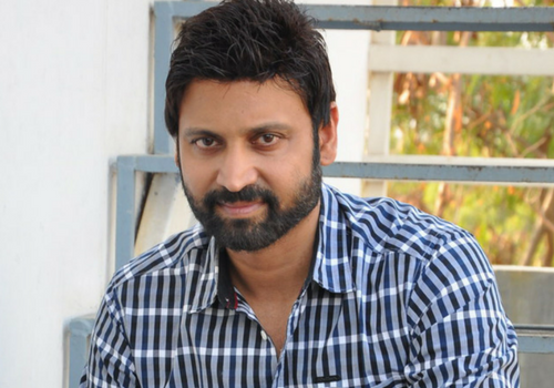 Sumanth attends court on cheque bounce case