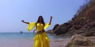 Nora Fatehi - Baahubali item girl belly shaking hotness