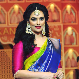 Shweta Menon receives threatening calls
