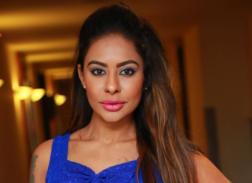 Sri Reddy in Financial Crisis