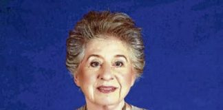 Sultan of Johor mother breathed her last