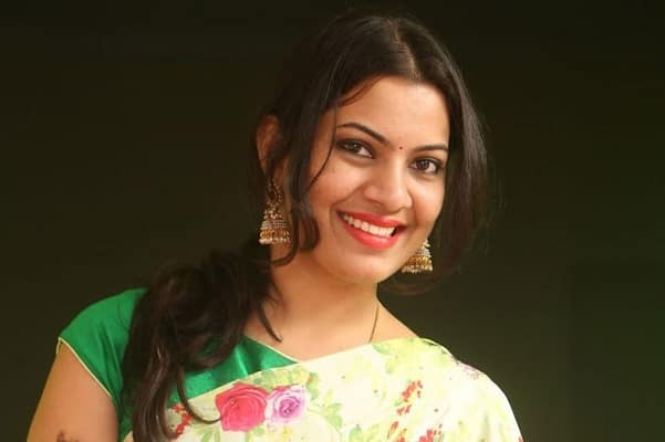 What is Geetha Madhuri doing in Bigg Boss 2?