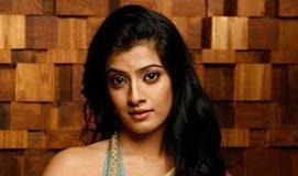 Varalaxmi Sarathkumar to play Iron Lady?