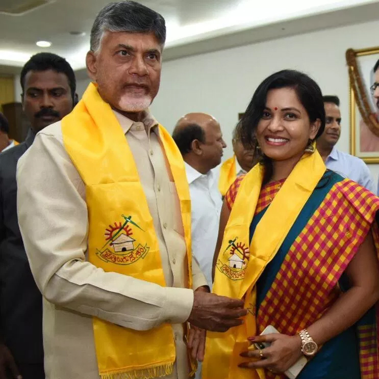 Revathi Chowdary Joins TDP