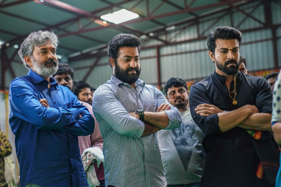 Rajamouli builds Bigg Boss house for Ram Charan and Jr NTR!