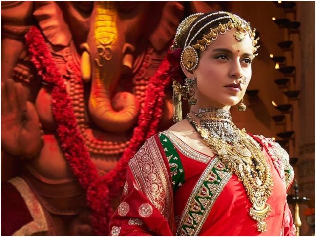 Kangana Ranaut touches Baahubali Father feet
