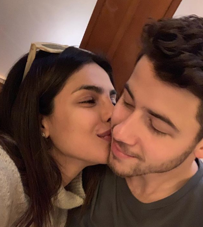Nick Jonas Gets Cute Congratulatory Message From Priyanka Chopra!