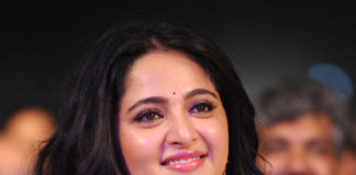 Anushka Shetty in Headlines Again