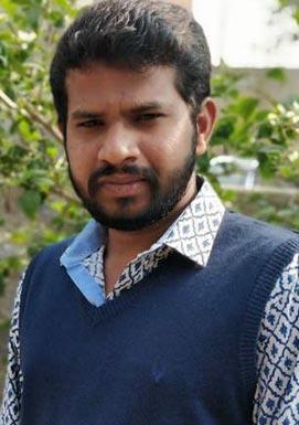 Jabardasth comedian Hyper Aadhi attacked by Jagan Fans