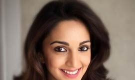Kiara Advani goes de-glam for the First Time
