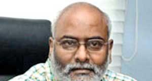 Is Keeravani spoiling Rajamouli RRR?