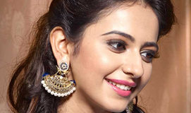 Rakul Preet Strong Reply : Your mother does a lot of sessions