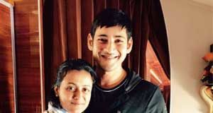 Mahesh and Namrata offers lunch for 650 visually impaired students