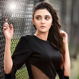 Arjun Reddy Girl cheated by makers?