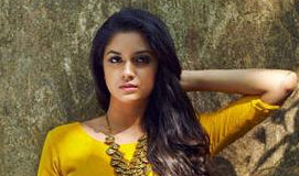 This man is not leaving Keerthy Suresh alone