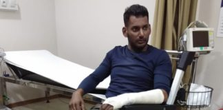 Again Vishal gets injured