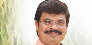 Finally Boyapati Srinu gets cash rich hero