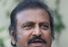Mohan Babu to join YSRCP?