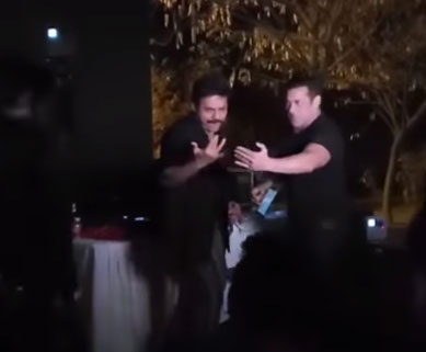 Treat your eyes with Venkatesh and Salman Khan real dance