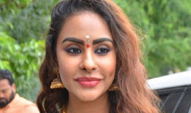 Sri Reddy to leak Pawan Kalyan and Poonam Kaur love story