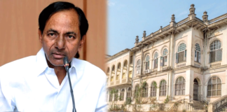 Nizam heirs seem to be an obstacle for KCR now