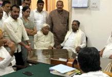 Temperatures soaring in Karnataka politics