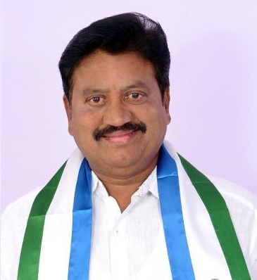 YSRCP MLA son assaults cop - tollywood