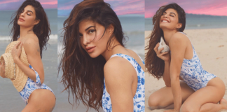 What a pose in Bikini! Jacqueline Fernandez
