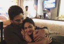 Allu Arjun romantic hug to Cutieee Sneha