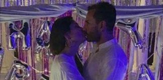 Begam Kareena planting deep kiss on Nawab
