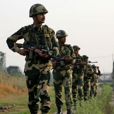 Pak Army waves the white flag to the Indian Army