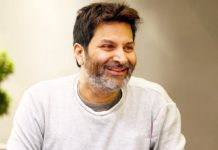 Trivikram Srinivas silent support to Vivek Athreya