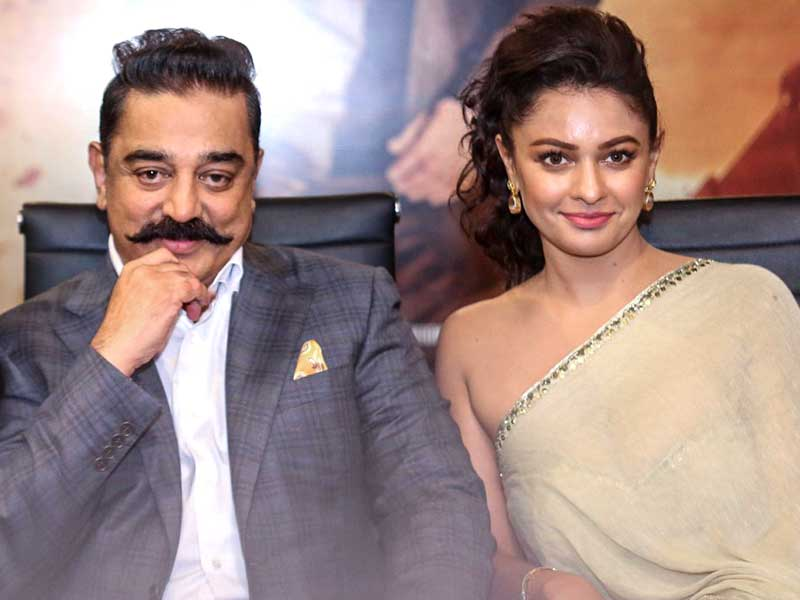 Kamal Haasan is in relationship with Pooja Kumar