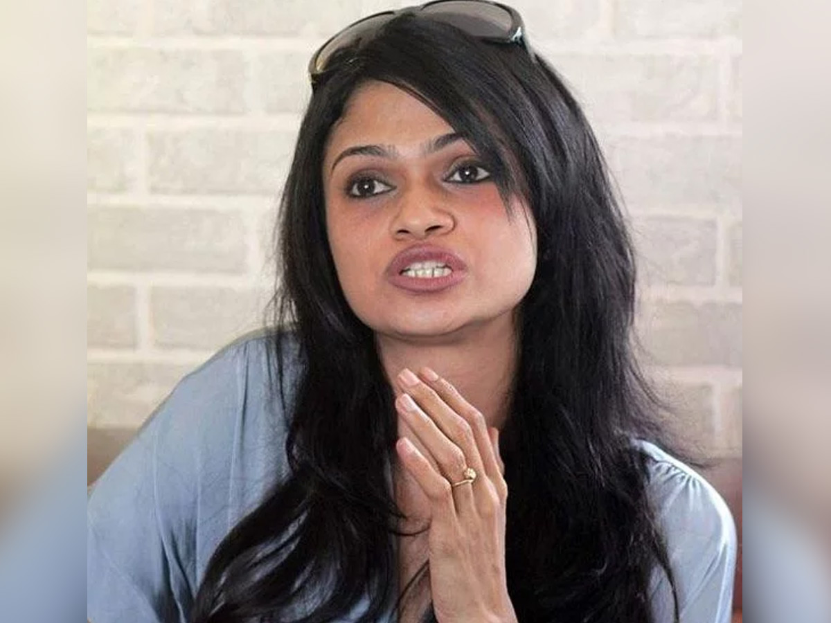 Singer Suchitra says, they held me captive in their residence