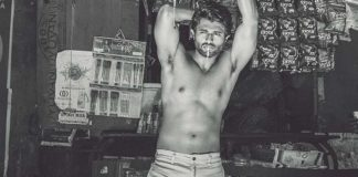 Six pack abs bug bites Vijay Deverakonda